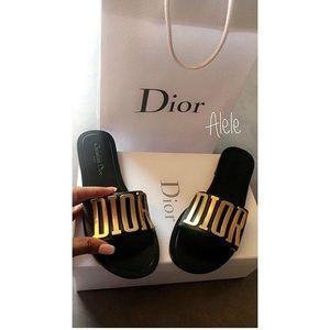 Dior slides